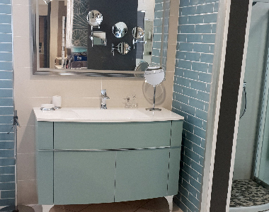 Gardès & Laroche possède un showroom pour visualiser la salle de bains de vos rêves
